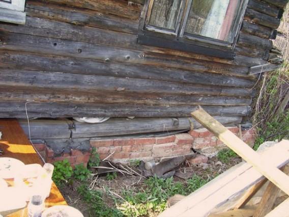 Фото старого деревянного домика