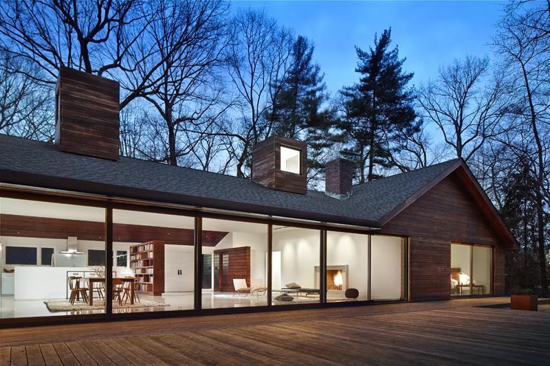 Фасад с древесины