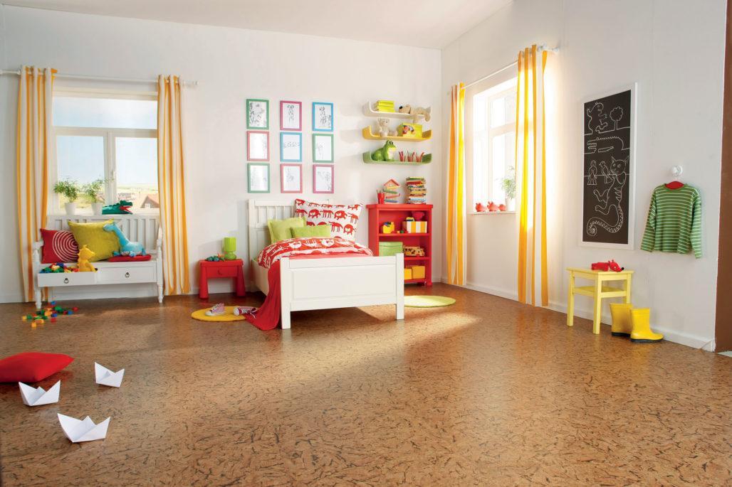 Пробковый пол в детской спальне