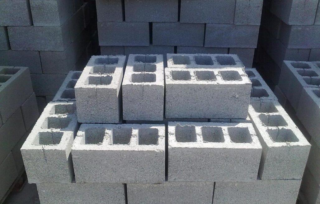 Как класть шлакоблок на фундамент: полный процесс работы!