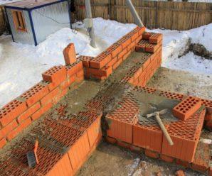 Как построить дом из кирпича недорого, своими руками.