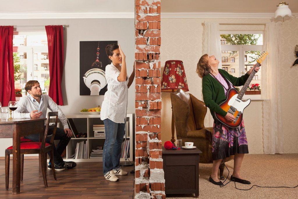 До скольки можно шуметь в квартире.