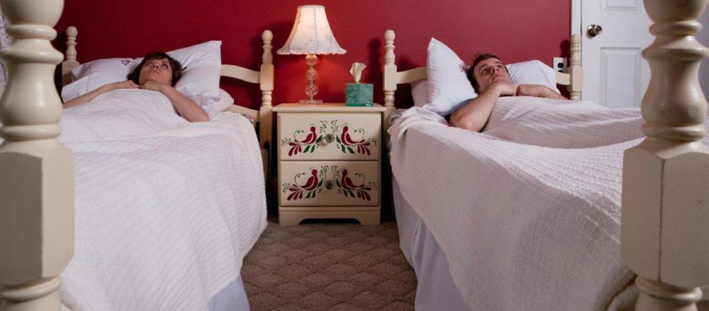 Почему супружеская пара должна спать отдельно.