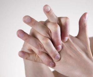 Вредно ли для здоровья щелкать пальцами на руках?