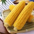 Чем полезна вареная кукуруза для организма мужчин и женщин.