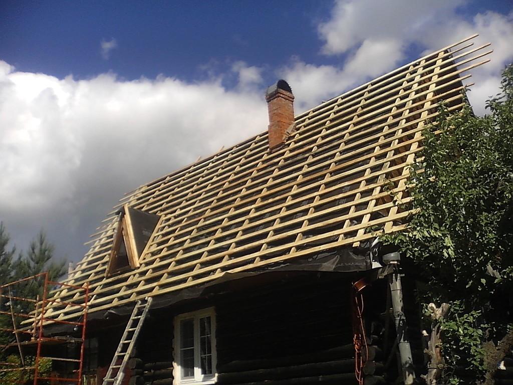 Чем покрыть крышу на даче - выбираем недорогой но качественный вариант