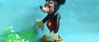 Микки Маус из пластилина