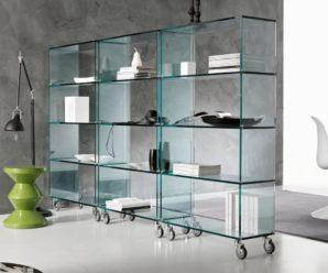 Стеклянная мебель: ее достоинства, недостатки и правила ухода