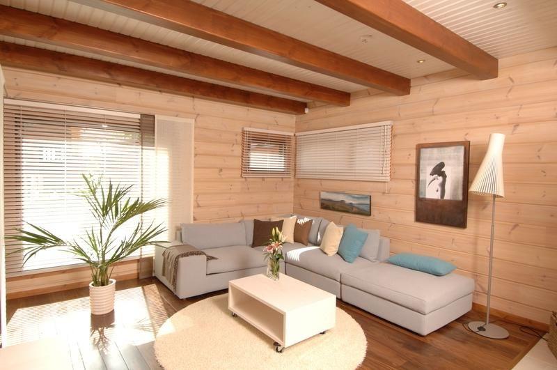 Каким должен быть потолок в доме из бруса
