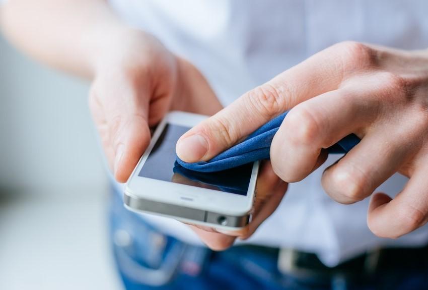 Дезинфицирование мобильного устройства