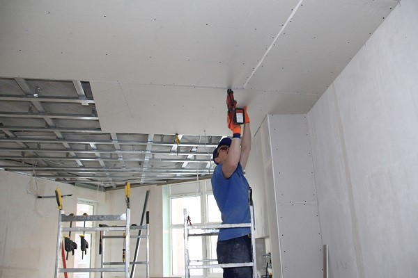 Инструкция как сделать потолки из гипсокартона