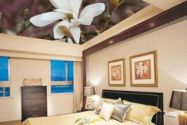 Натяжные потолки лучше для спальни