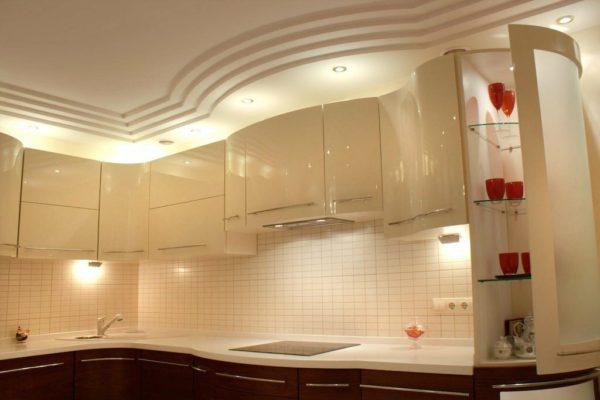 Каким требованиям предъявляются к потолку на кухне
