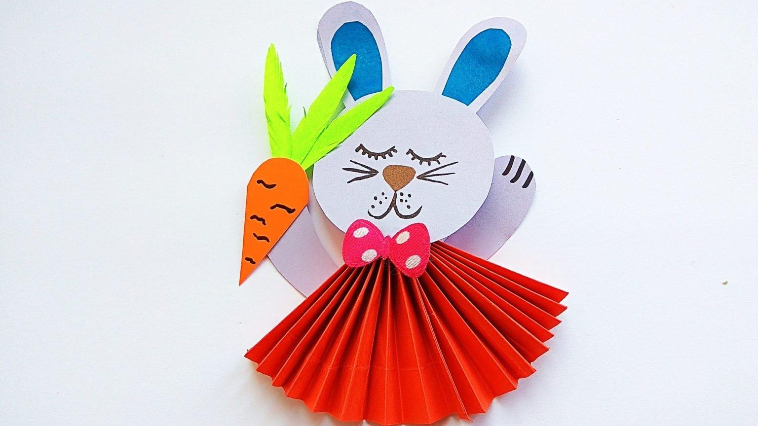 Красивый зайчик из бумаги гармошкой