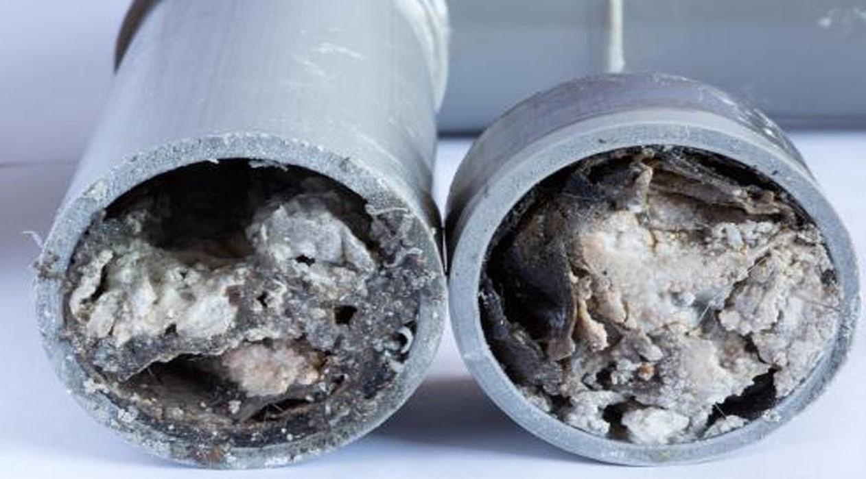 Засор в канализационной трубе