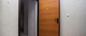 Металлические входные двери обшиты ламинатом