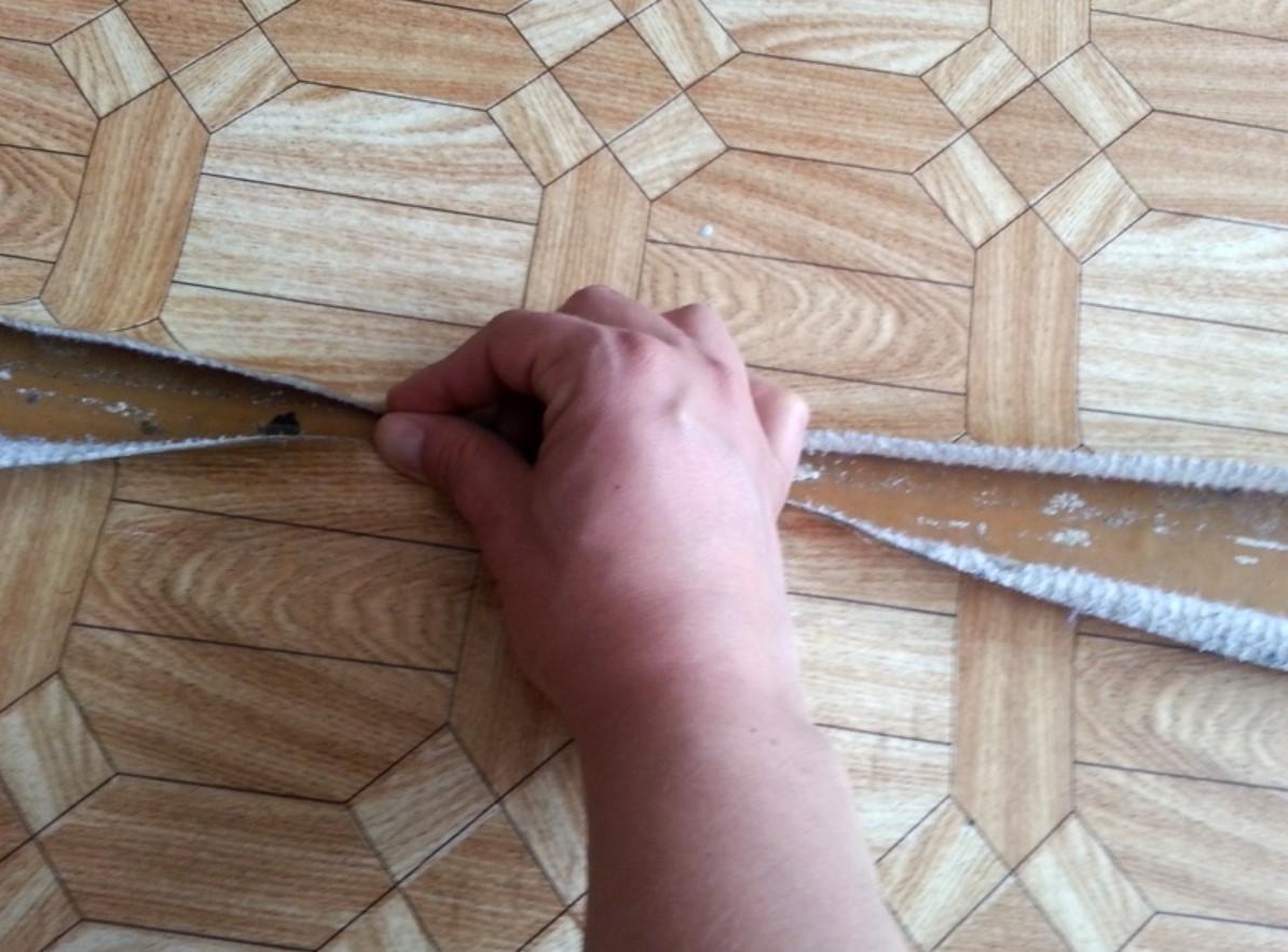Стыкование швов линолеума