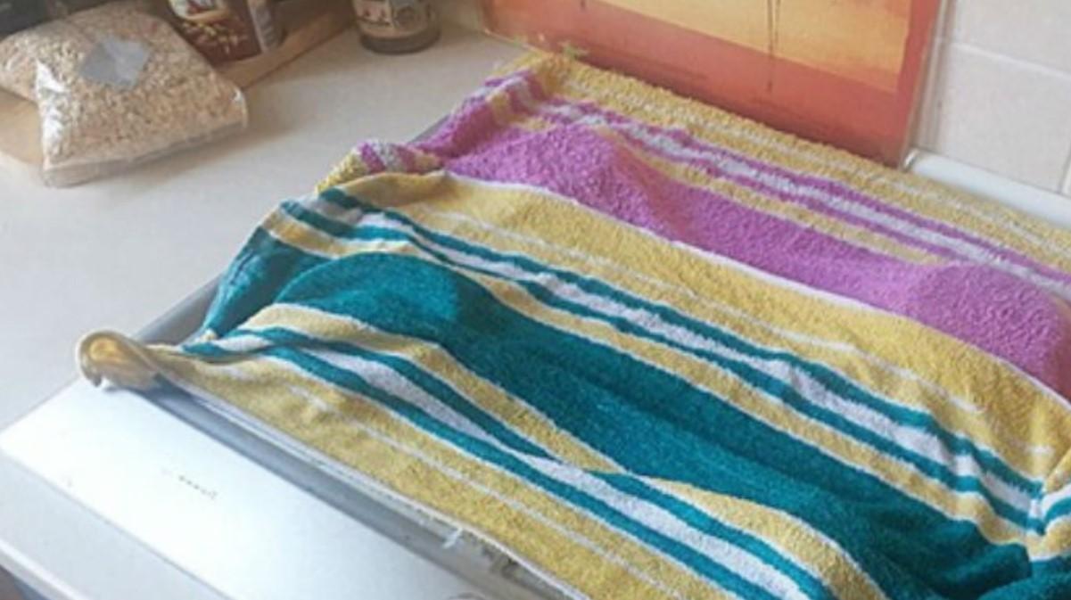 Полотенце на матрасе