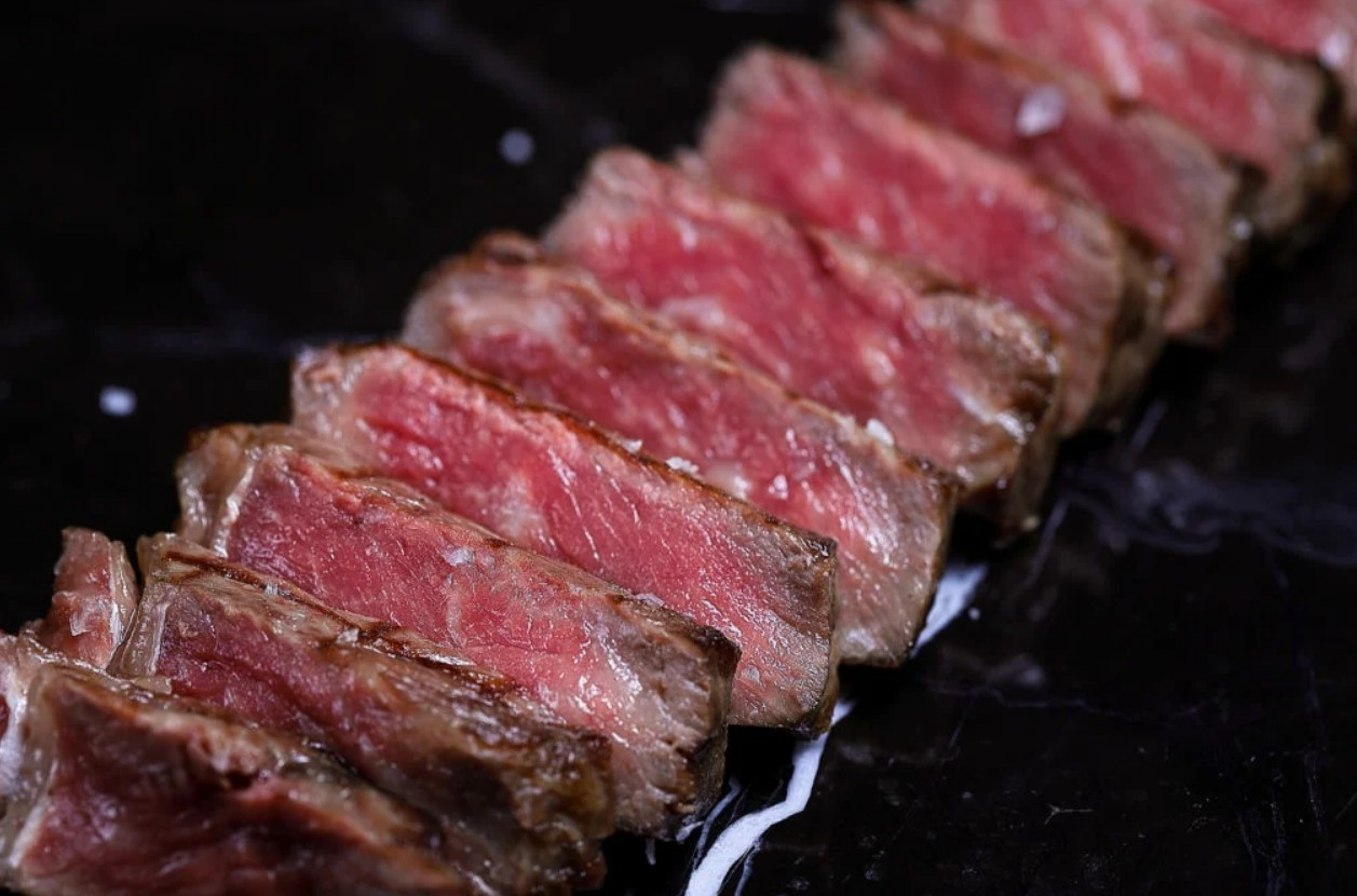 Мясо ломтиками
