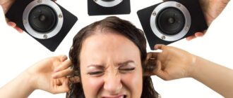 Громко слушать музыку