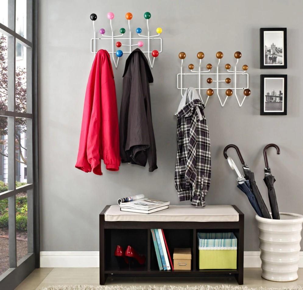 Крючки для одежды на стене